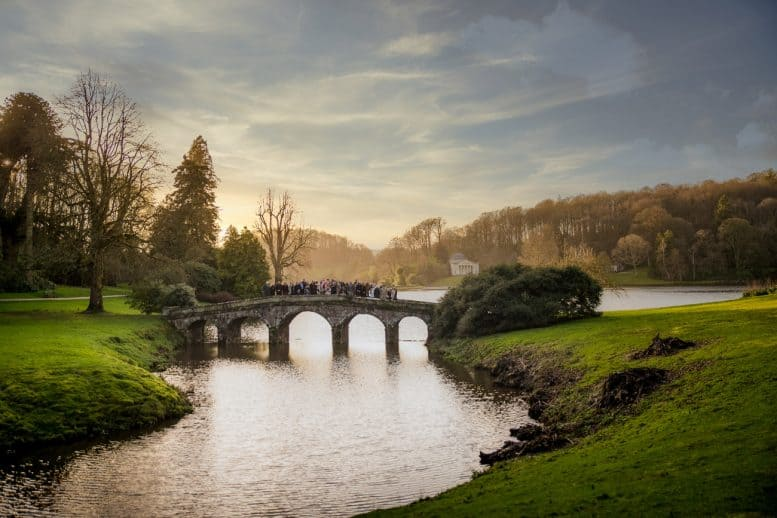 Wedding Photography Stourhead Palladian Bridge